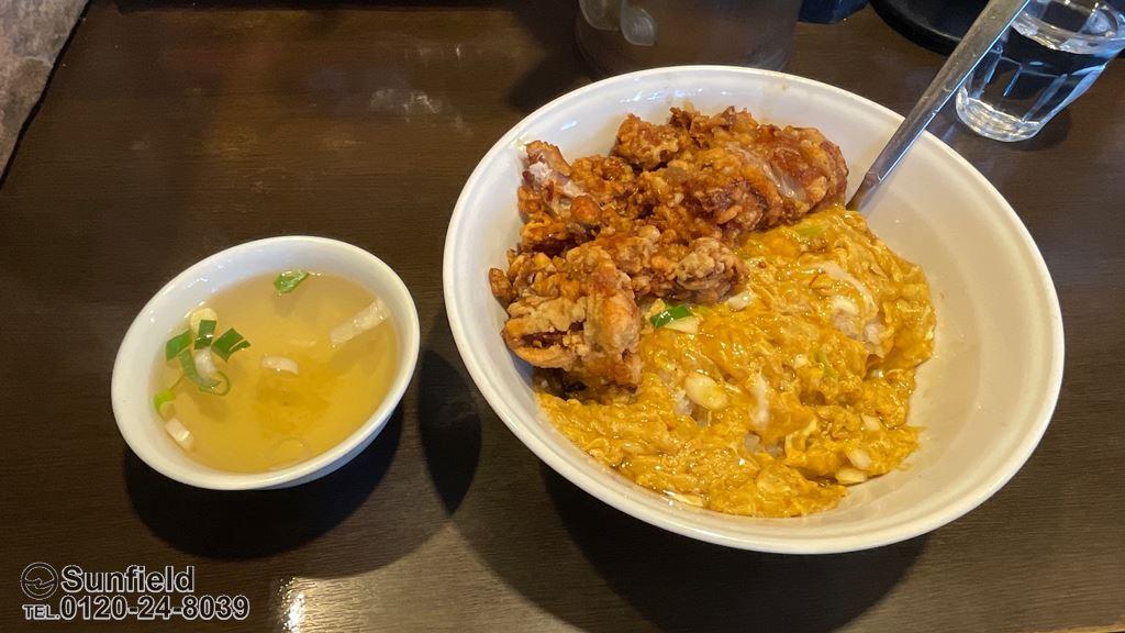 俵飯の日替りランチ:カラアゲ&うま玉子焼き飯 ¥900(税込)